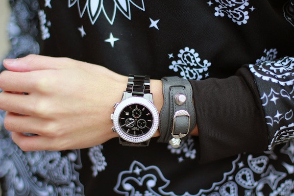 Bianci-watch-balenciaga-arena-bracelet