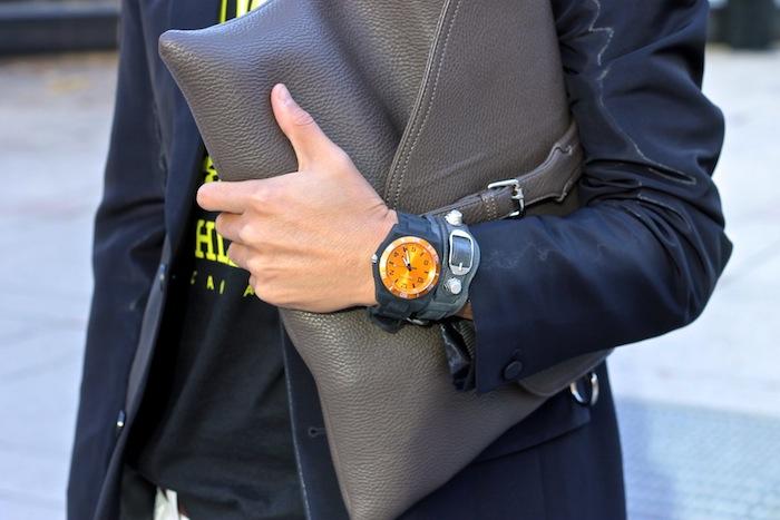 caravelle watch balenciaga nella bella