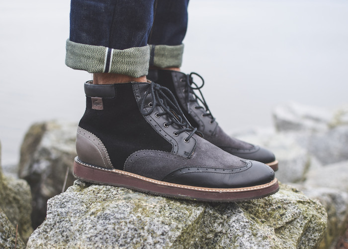 lacoste mens boots