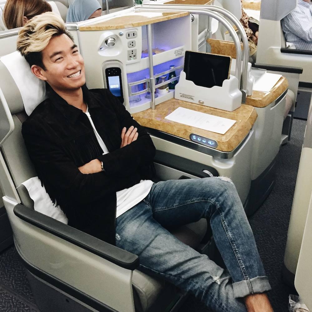 emirates business class