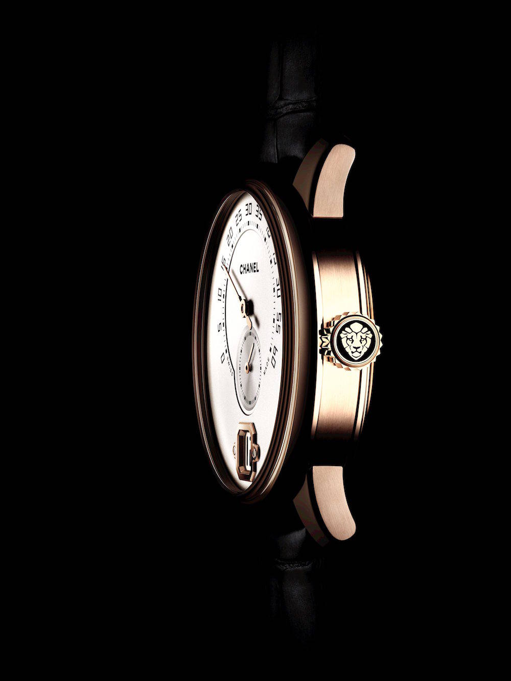 Monsieur de CHANEL watch profile 1