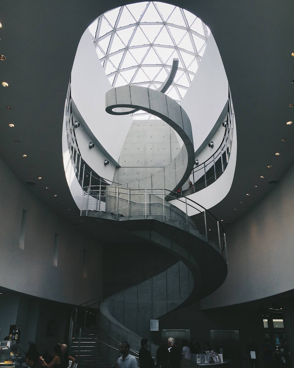 dali-museum-st-petersburg-florida